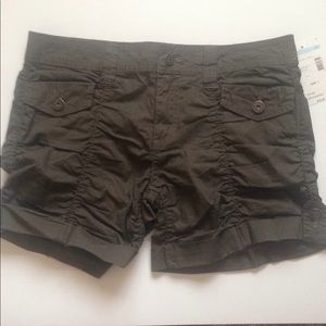 Cute army style shorts.